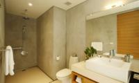 Sava Beach Villas Villa Essenza Bathroom | Natai, Phang Nga