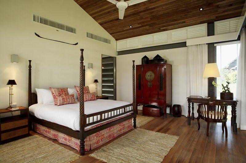 Sava Beach Villas Villa Malee Sai Bedroom with Study Table | Natai, Phang Nga