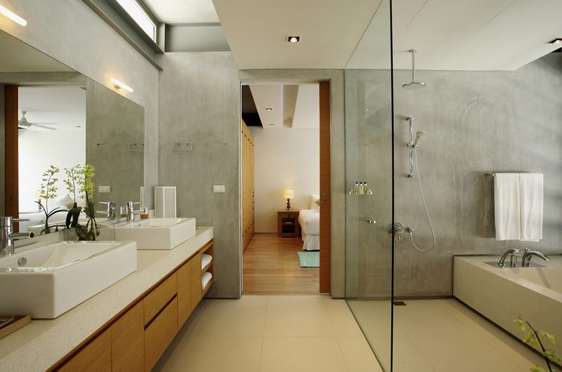 Sava Beach Villas Villa Malee Sai Bedroom and En-suite Bathroom | Natai, Phang Nga