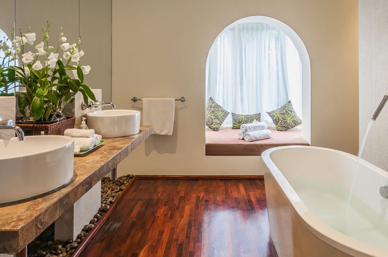 Villa Amanzi Kata Noi Master Bathroom | Kata, Phuket