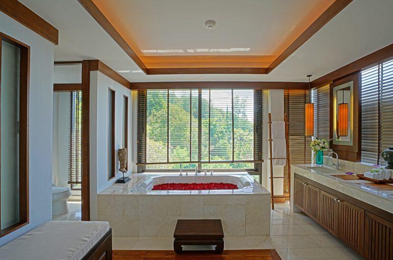 Villa Aye En-suite Bathtub | Kamala, Phuket