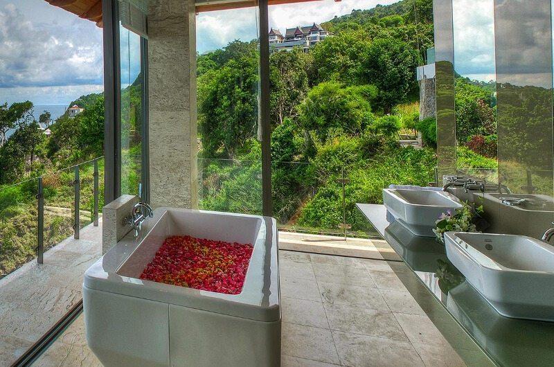 Villa Liberty Bathtub | Phuket, Thailand