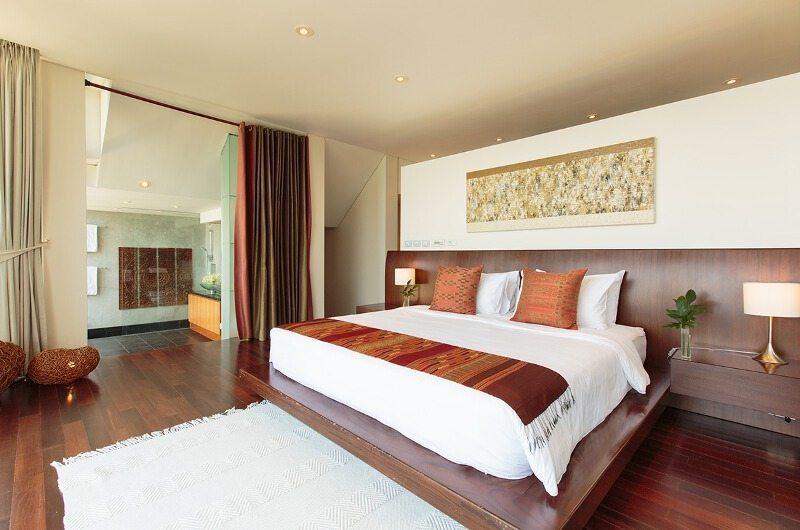 Villa Lomchoy King Size Bed | Kamala, Phuket