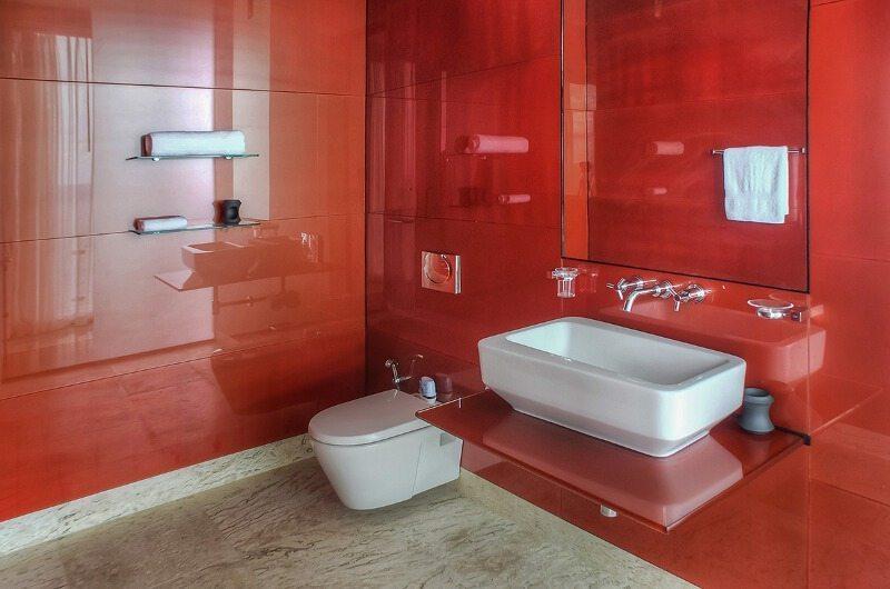Villa Minh En-suite Bathroom | Phuket, Thailand