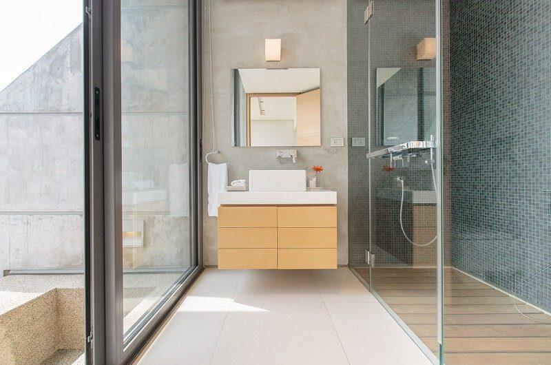 Villa Saengootsa En-suite Bathroom   Phuket, Thailand