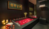 Villa Yang Romantic Bathtub | Kamala, Phuket