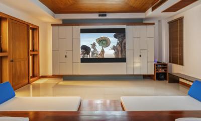 Villa Yang Som Cinema Room | Surin, Phuket