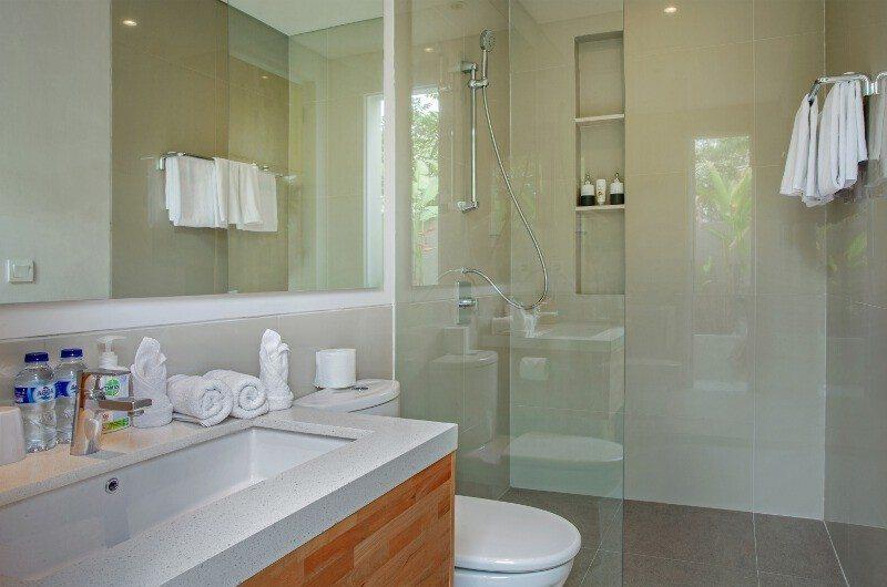 Villa Delmar Guest Bathroom | Canggu, Bali