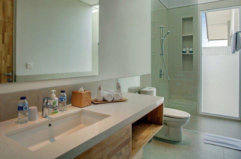 Villa Delmar En-suite Bathroom | Canggu, Bali