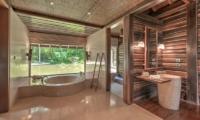 Villa Kamaniiya Master Bathroom | Ubud, Bali