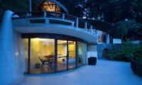 Villa Kamaniiya Guest Room Two | Ubud, Bali
