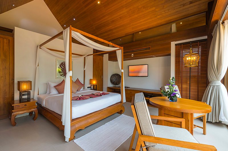 Baan Puri Bedroom with Lamps | Koh Samui, Thailand