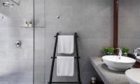 Suralai Shower Area | Bophut, Koh Samui