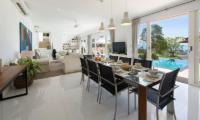 Villa Mullion Cove Dining Table | Bophut, Koh Samui