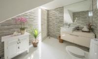 Villa Mullion Cove Bathroom | Bophut, Koh Samui