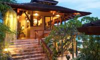 Villa Sila Varee Building with Lamps   Laem Set, Koh Samui