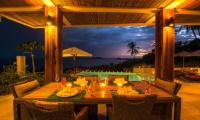 Villa Sila Varee Dining Table   Laem Set, Koh Samui