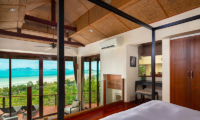 Villa Sila Varee Spacious Master Bedroom | Laem Set, Koh Samui