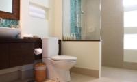 Baan Feung Fah Bathroom | Koh Samui, Thailand