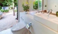 The Headland Villa 4 Bathroom| Koh Samui, Thailand
