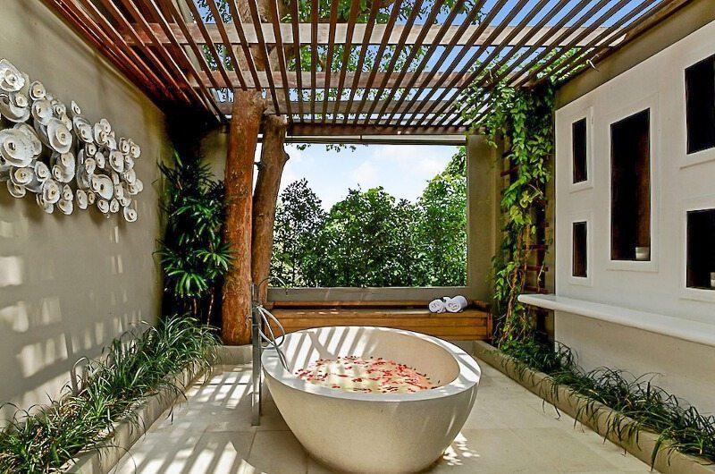The Headland Villa 5 Bathtub| Koh Samui, Thailand