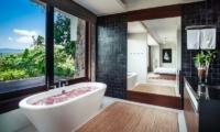 Villa Hin Samui En-suite Bathtub   Bophut, Koh Samui