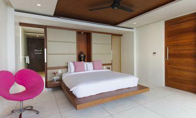 Villa Splash King Size Bed | Nathon, Koh Samui