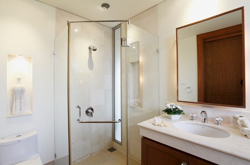 Baan Taley Rom Bathroom | Phuket, Thailand