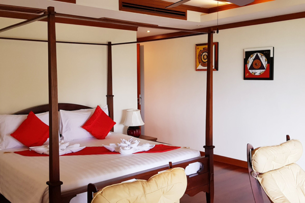 Villa Cattleya C5A Bedroom with Four Poster Bed | Patong, Phuket