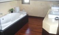 Villa Samorna Bathroom | Phuket, Thailand
