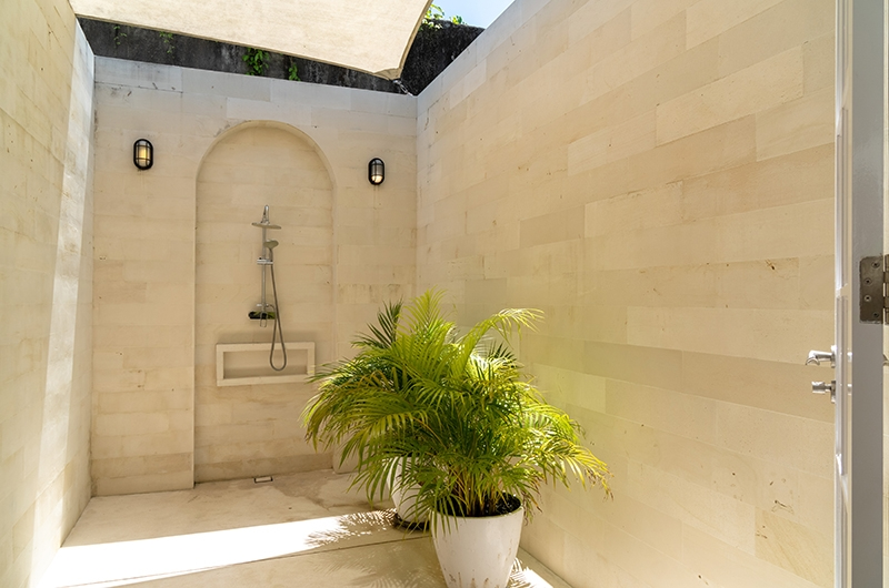 The Cotton House Shower Area | Seminyak, Bali
