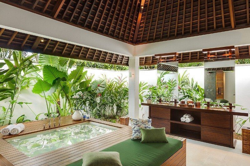 Villa Beji Bathroom with Bathtub   Canggu, Bali