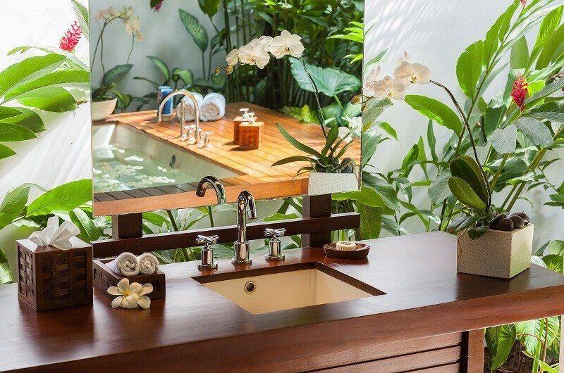 Villa Beji Bathroom   Canggu, Bali