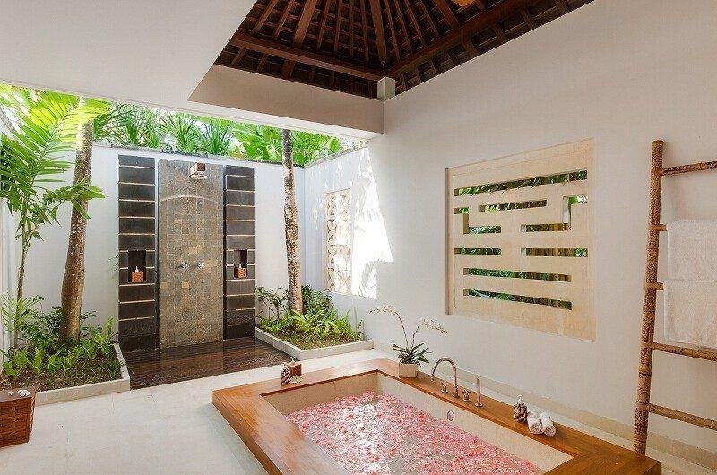 Villa Beji Romantic Bathtub Set Up | Canggu, Bali
