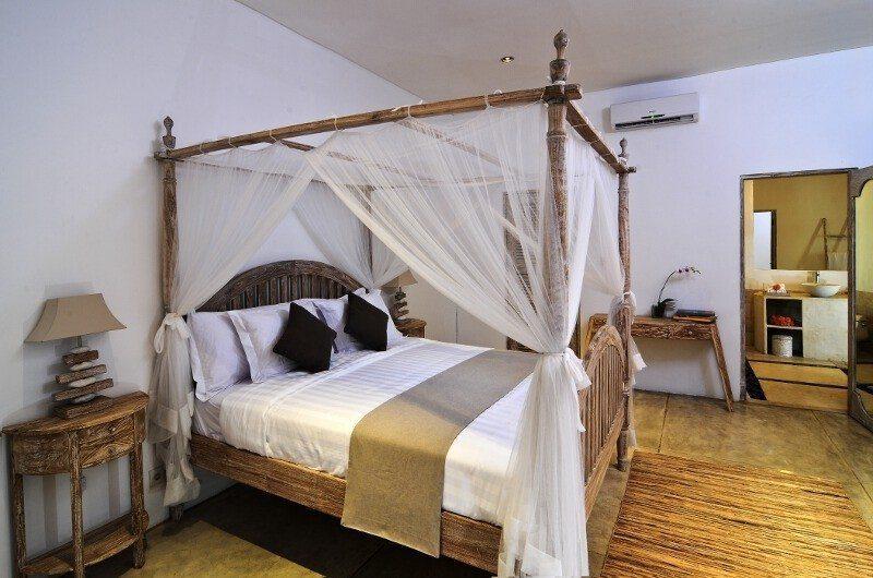Villa Jolanda Bedroom|Seminyak, Bali