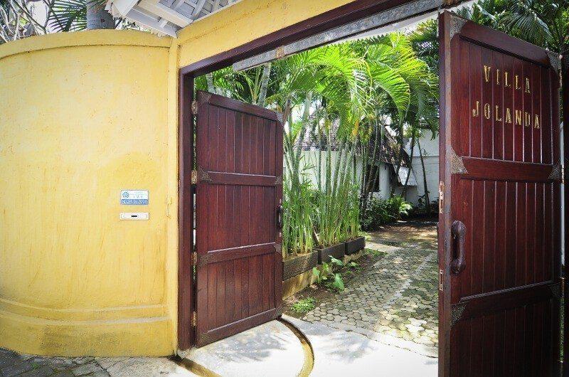 Villa Jolanda Entrance|Seminyak, Bali
