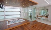 Villa Minggu Master Bathroom | Seminyak, Bali