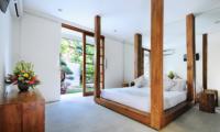 Villa Minggu Guest Bedroom | Seminyak, Bali
