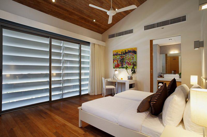 Sava Beach Villas Villa Cielo Bedroom and En-suite Bathroom   Natai, Phang Nga