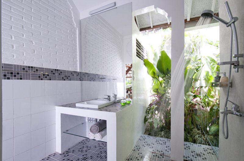 Villa Hari En-suite Bathroom | Seminyak, Bali