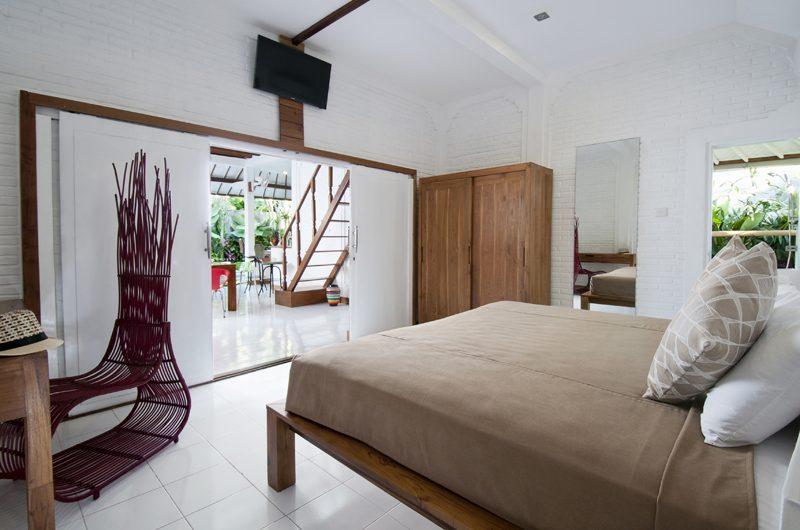 Villa Hari Bedroom with Seating Area | Seminyak, Bali