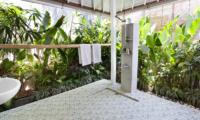 Villa Hari Semi Opem Bathroom | Seminyak, Bali