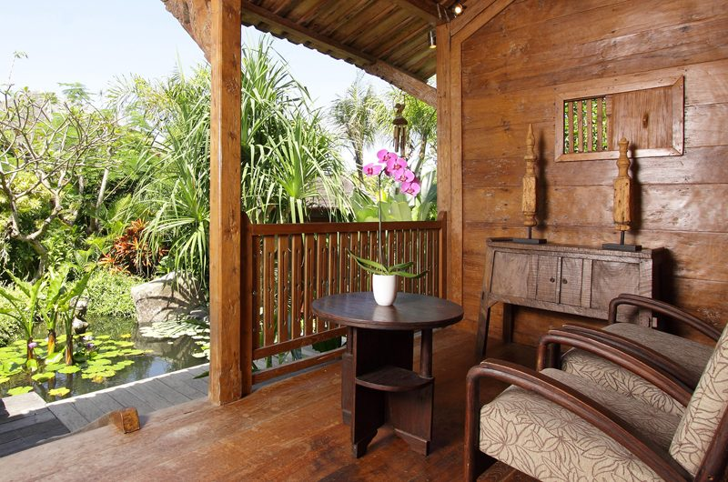 Dea Villas Villa Radha Outdoor Seating Area | Canggu, Bali