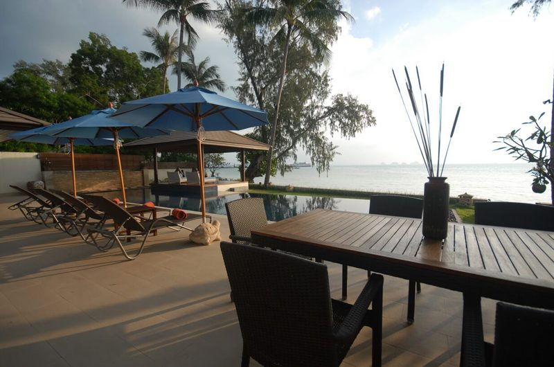 Akuvara Outdoor Dining Table | Lipa Noi, Koh Samui