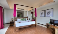 Baan Benjamart Spacious Bedroom with Four Poster Bed | Bophut, Koh Samui