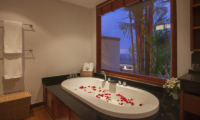 Baan Bon Khao Bathtub with Rose Petels | Surin, Phuket