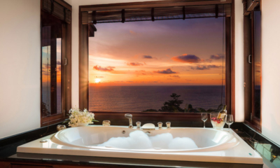 Baan Bon Khao Bathtub with Sunset Views | Surin, Phuket