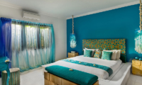 4s Villas Villa Sea King Size Bed with View | Seminyak, Bali