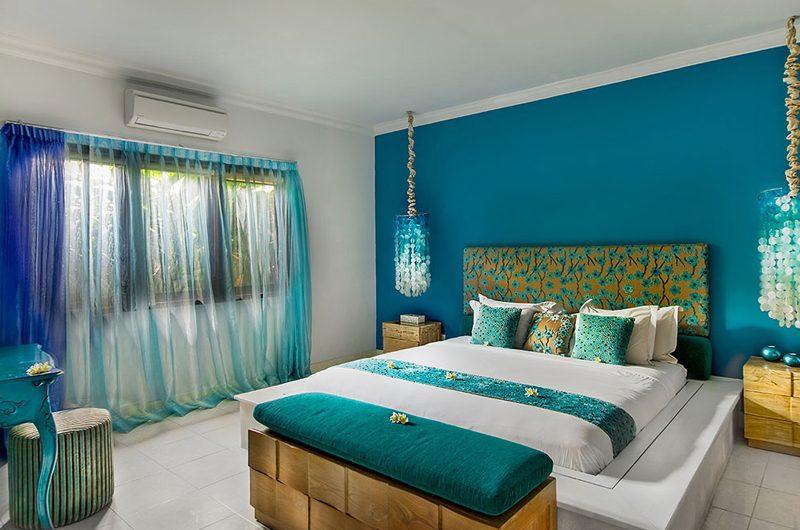 4s Villas Villa Sea King Size Bed with View | Seminyak, Bali