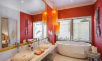 4s Villas Villa Sun Bathroom | Seminyak, Bali